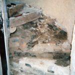 Restauration escalier à vis en bois du XVIIème- mise à nue des parties dégradées