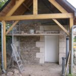 Garage habillé en pierre